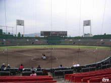 Old_hiroshima_stadium_3